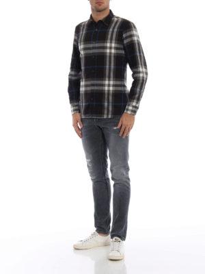 BURBERRY: camicie online - Camicia Salwick nera a quadri
