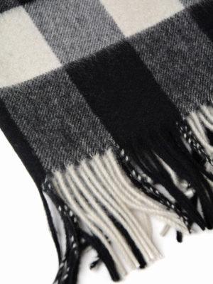 Burberry: scarves online - Black tartan cashmere Bandana