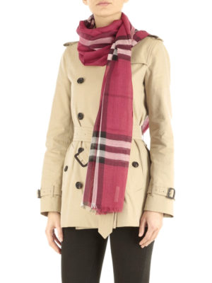 Burberry: scarves online - Check wool and silk scarf