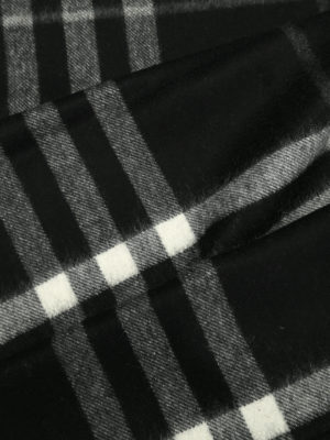 Burberry: scarves online - House Check cashmere scarf