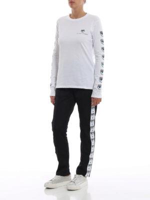 CHIARA FERRAGNI: t-shirt online - T-shirt Logomania bianca a maniche lunghe