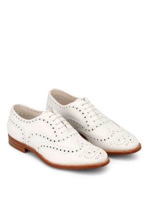 CHURCH'S: scarpe stringate online - Brogue in morbida pelle bianca