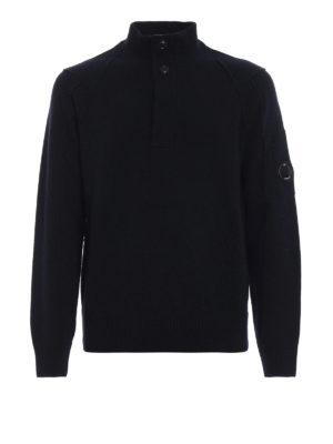 CP COMPANY: maglia a collo alto e polo - Pullover blu con logo sulla manica