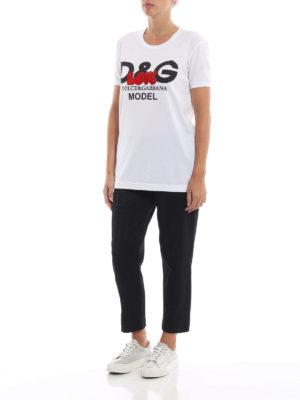 DOLCE & GABBANA: t-shirt online - T-shirt bianca D&G Model con ricamo Love