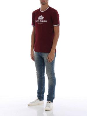 DOLCE & GABBANA: t-shirt online - T-shirt in cotone bordeaux #DGMILLENNIALS