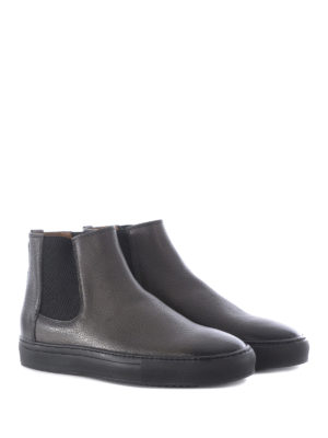 Doucal's: ankle boots online - Grained leather pull-on ankle boots