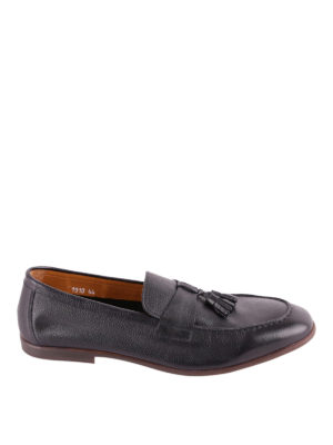 Doucal's: Loafers & Slippers - Tasselled grained leather loafers