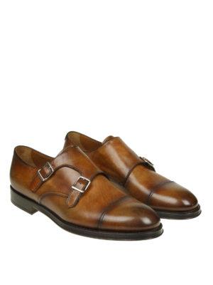 Doucal's: Mocassini e slippers online - Monk strap in pelle cuoio sfumata con cap toe
