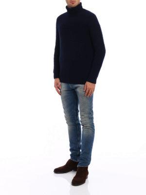 Drumohr: Turtlenecks & Polo necks online - Lambswool turtle neck sweater