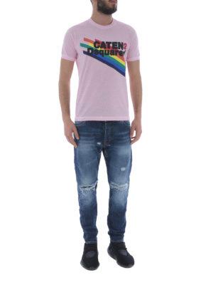 DSQUARED2: t-shirt online - T-shirt rosa con logo arcobaleno