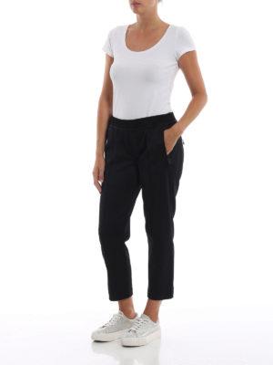 DSQUARED2: pantaloni sport online - Pantaloni da jogging crop con logo ricamato