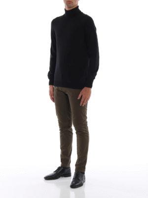 FAY: maglia a collo alto e polo online - Morbido dolcevita in lana vergine nera