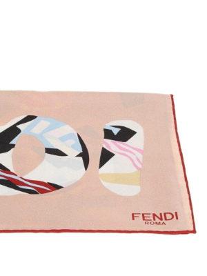 FENDI: sciarpe e foulard online - Foulard in seta cipria stampa Fendi