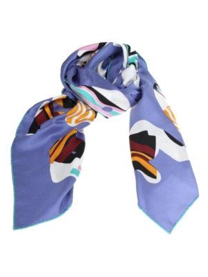 FENDI: sciarpe e foulard - Stola in seta con stampa Fendi