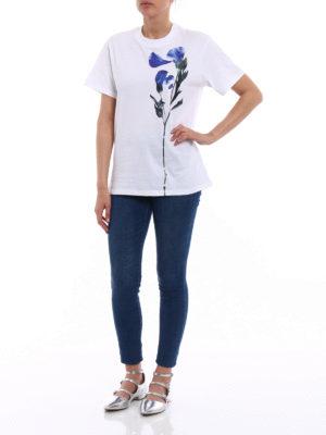 Golden Goose: t-shirts online - Golden Tee with blue flower print