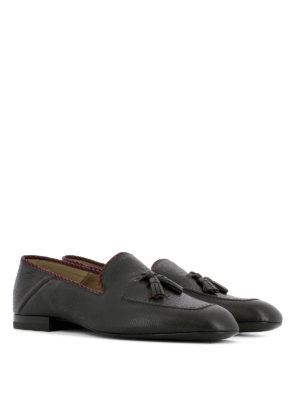 Gucci: Loafers & Slippers online - Soft leather loafers with tassels