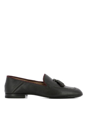 Gucci: Loafers & Slippers - Soft leather loafers with tassels