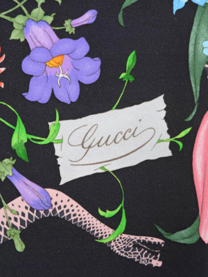 Gucci: scarves online - Flora Snake print silk foulard