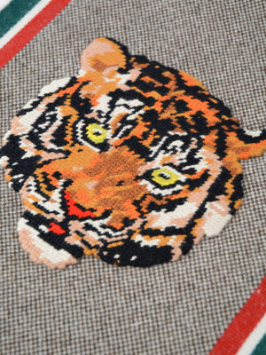 Gucci: scarves online - Tiger intarsia wool scarf