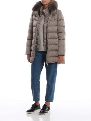 HERNO: cappotti imbottiti online - Piumino corto beige con pelliccia e zip