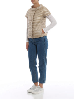 HERNO: giacche imbottite online - Piumino Emilia beige con maniche corte