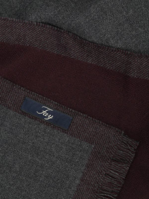 iKRIX Fay: scarves - Red-purple pure wool scarf