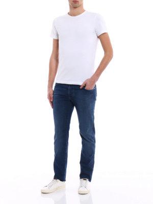 a sigaretta - Jeans in cotone con dettaglio blu