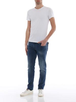 Jacob Cohen: straight leg jeans online - Yellow logo label detailed jeans