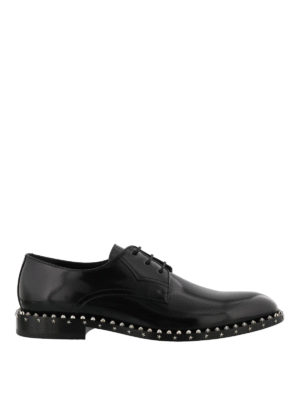 JIMMY CHOO: scarpe stringate - Stringate Axel in pelle lucida con borchie