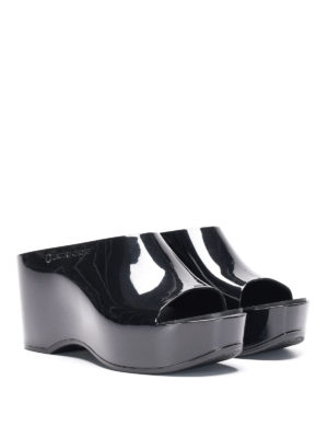 L' Autre Chose: mules shoes online - Rubber wedge sabot sandals