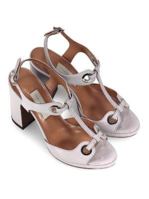 L' AUTRE CHOSE: sandali online - Sandali in vernice con occhielli