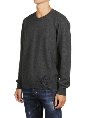 Maison Margiela: maglia collo rotondo online - Pullover destroyed in lana grigia