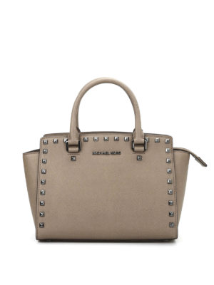 Michael Kors: cross body bags - Studded Selma  medium crossbody