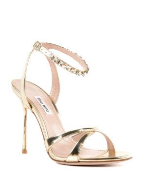 MIU MIU: sandali online - Sandali alti dorati con cinturino gioiello