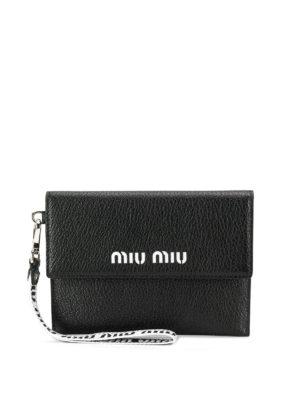 ea7df04f66a MIU MIU: portafogli - Portafoglio nero con logo cut-out