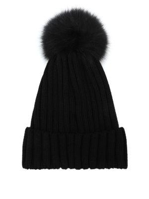 MONCLER: berretti online - Berretto in lana nera con pompon in pelliccia