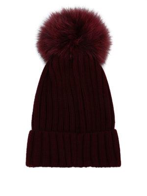 MONCLER: berretti online - Berretto bordeaux con pompon in pelliccia