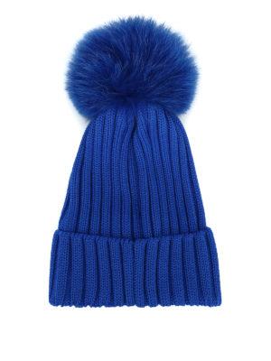 MONCLER: berretti online - Berretto bluette con pompon in pelliccia