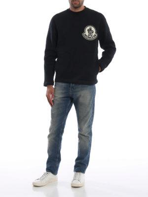 MONCLER: Felpe e maglie online - Felpa con maxi patch con logo vellutato