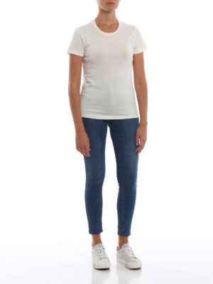 MONCLER: t-shirt online - T-shirt bianca con patch Moncler in velluto