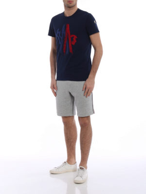 Moncler: t-shirts online - Two-tone embroidered blue Tee