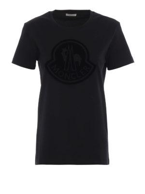 MONCLER: t-shirt - T-shirt con maxi logo Moncler vellutato