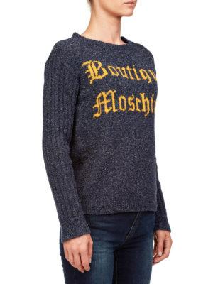 Moschino Boutique: maglia collo rotondo online - Maglia in lana bouclé con logo a contrasto