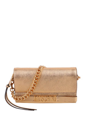 Moschino: clutches - Chain detailed leather clutch