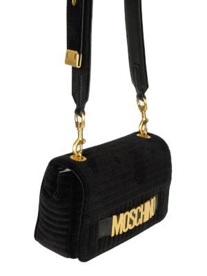 MOSCHINO: borse a tracolla online - Borsa a tracolla signature in velluto nero
