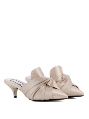 N°21: mules shoes online - Knot detailed satin mules