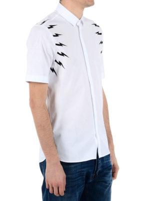 Neil Barrett: shirts online - Lightning bolt print cotton shirt