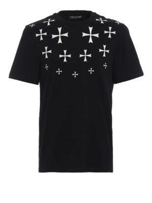 NEIL BARRETT: t-shirt - T-shirt con stampa croci a rilievo