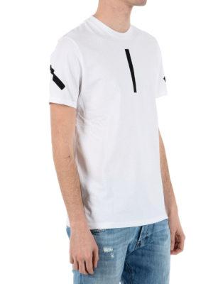 Neil Barrett: t-shirts online - Stripes detailed jersey T-shirt