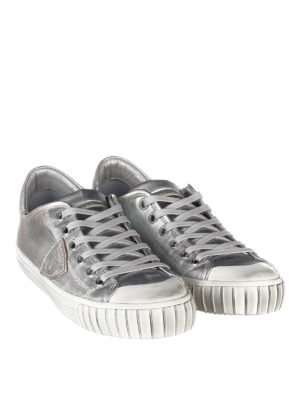 Philippe Model: trainers online - Gare laminated sneakers